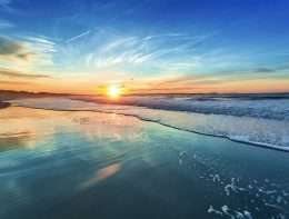 Tranh in hoàng hôn trên bãi biển xanh ngát 4-7033