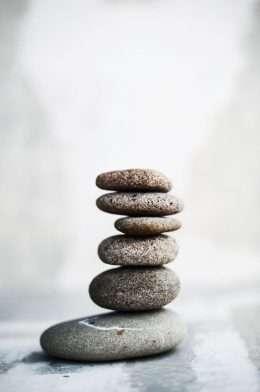 Nghệ thuật đá nhỏ xếp chồng lên nhau 4-1012